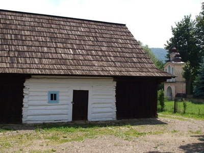 fot: chata wiejska, źródło: KB Projekt