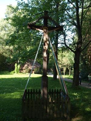 Krzyż, źródło: KB Projekt